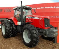 MF 7021 MFWD - 2015