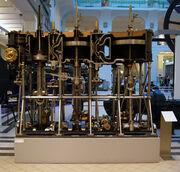 TMW 677 - Triple expansion compound steam engine