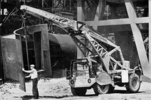 1948 Taylor Hydracrane in a foundry