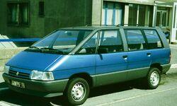 Renault Espace 1 en France azure