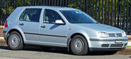 1998-1999 Volkswagen Golf (1J) GLE 5-door hatchback 01