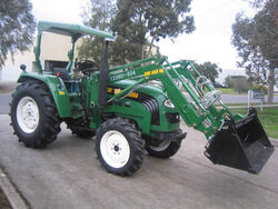Agri boss 5504 MFWD - 2011