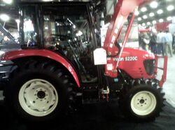 Branson 5220C MFWD - 2013