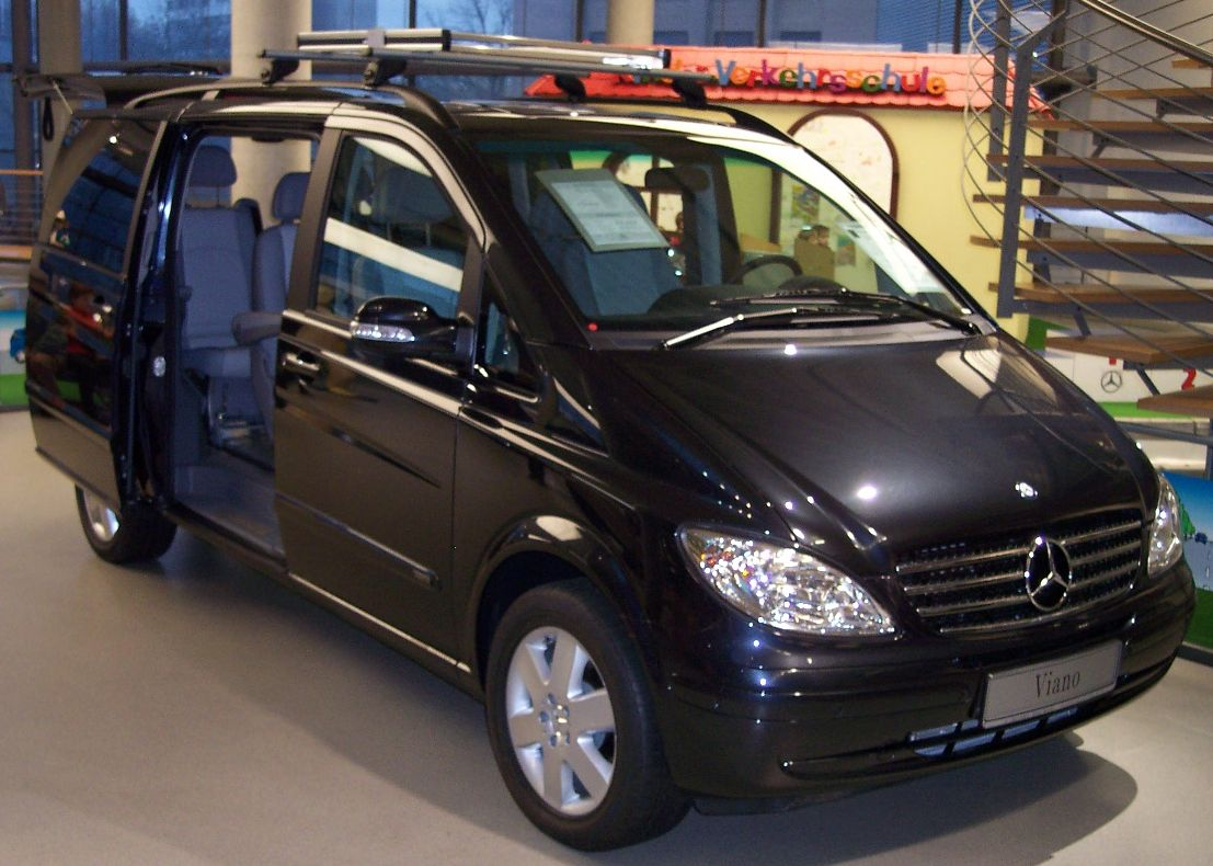 Mercedes-Benz Viano | Tractor & Construction Plant Wiki