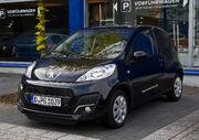 Peugeot 107 68 Active (2. Facelift) – Frontansicht, 1. Mai 2012, Düsseldorf