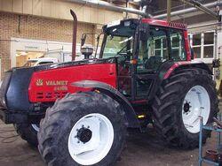 Valmet 8400 E MFWD (red) - 1994