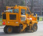 Street sweeping machine