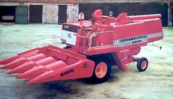 Ebro 527 combine (MF)