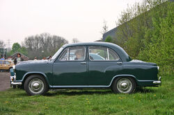 Morris Oxford Series III side