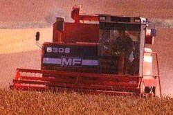 MF 530S combine