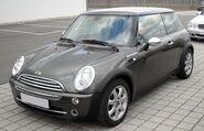 Mini Cooper front 20090201