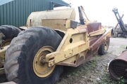 Corpet-Louvet - Caterpillar scraper at SE Davis - 2011 - IMG 9202
