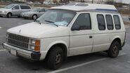 Dodge-Caravan-Camper