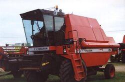 MF 29 combine (Dronningborg) - 1987