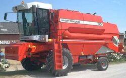 MF 30 combine - 1997