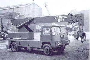 1967 Taylor Cranetruck 10 T Diesel