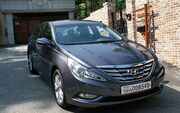 2011 Hyundai YF Sonata in South Korea (2)