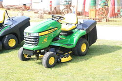 John Deere X300R ride on Mower - IMG 2266