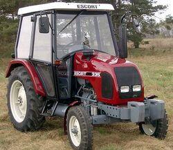 Escort (Pol-mot) 335 (red)-2005