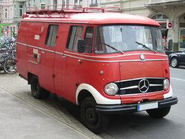 Mercedes l319 sst