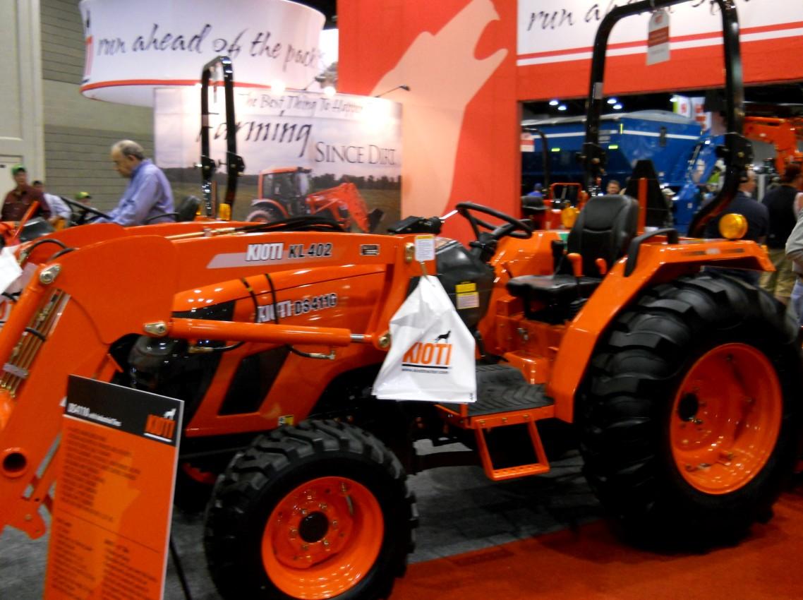 Kioti DS4110 | Tractor & Construction Plant Wiki | FANDOM