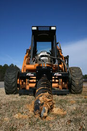 2009-02-23 Skid steer with extreme duty auger