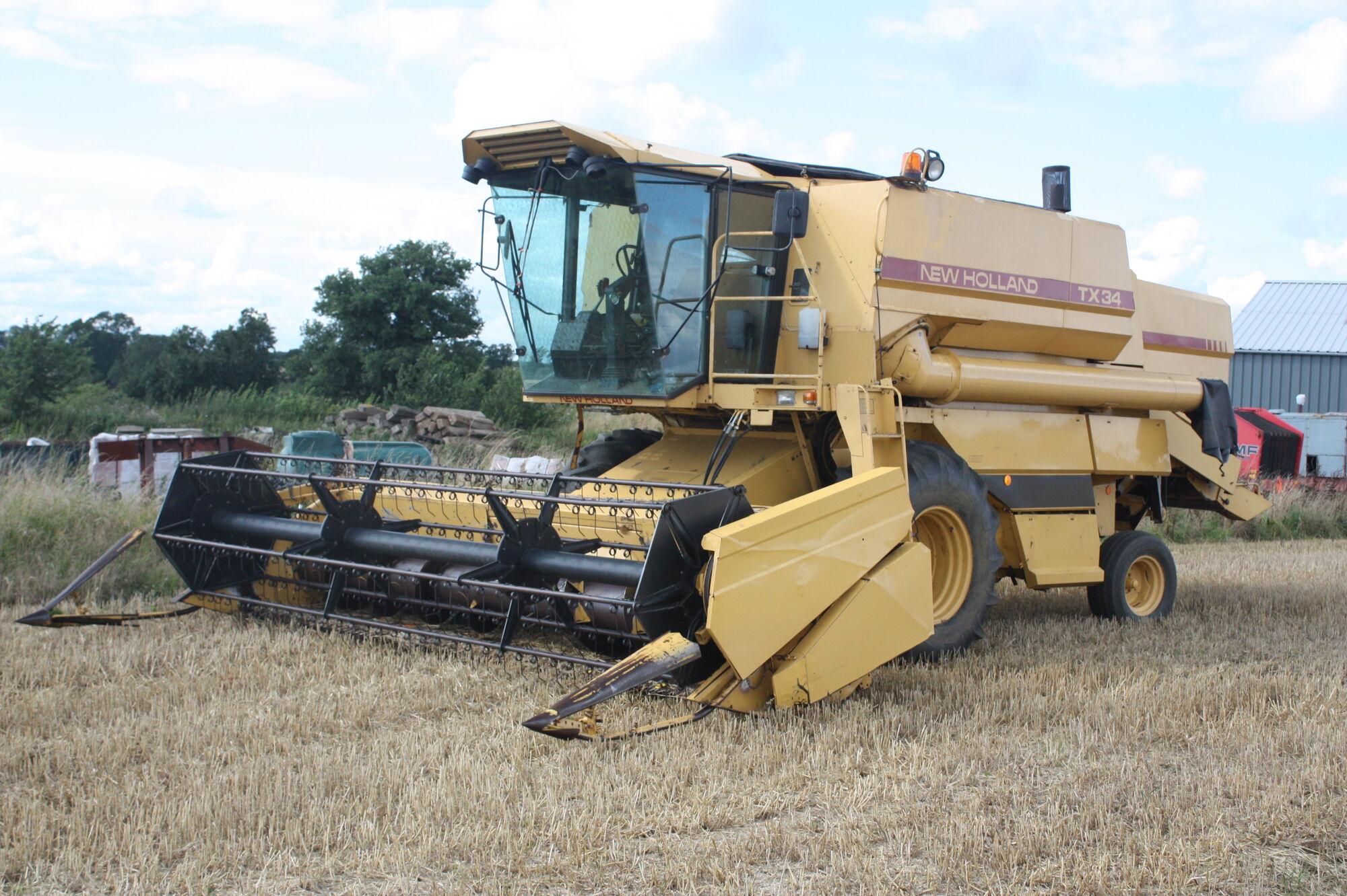List of combine harvester manufacturers | Tractor