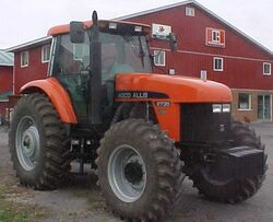 AA 9735 MFWD - 2000
