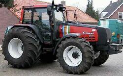 Valmet 8150 Mega MFWD (red w stripes)