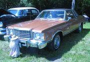 '77 Ford Granada Coupe (Auto classique Laval '11)