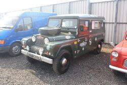 Austin Gipsy LWB reg CYY 355C at Donnington Park 09 - IMG 6107small