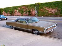 Chrysler New Yorker 5