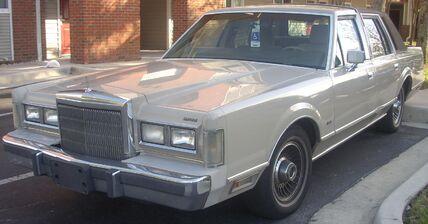 '88 Lincoln Town Car
