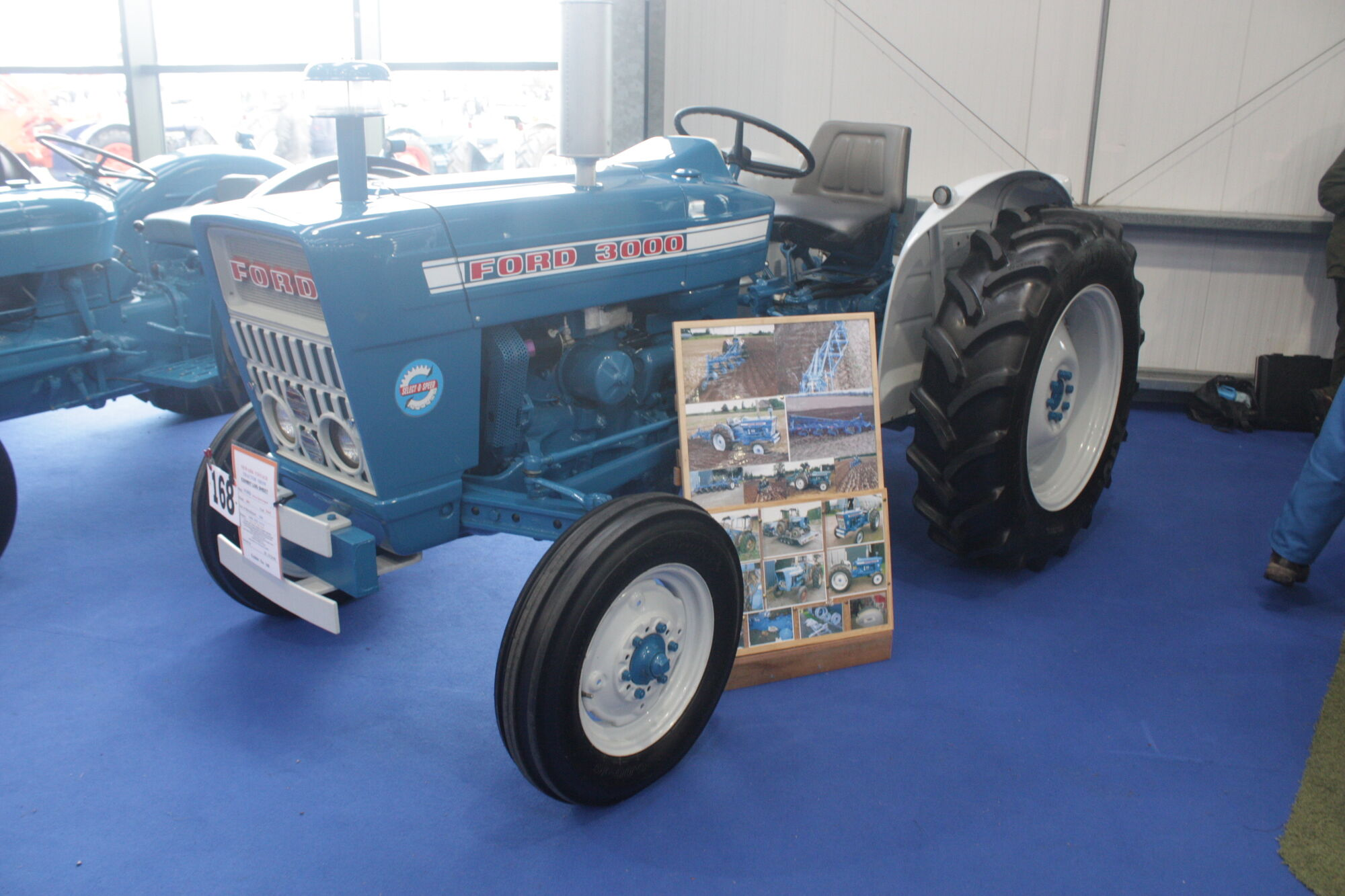Ford 3000 Tractor Fuel System : Ford tractor construction plant wiki fandom