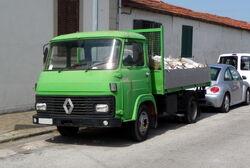 Renault truck green