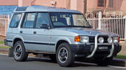 1994-1997 Land Rover Discovery V8i 5-door wagon 01