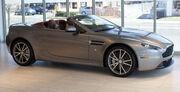 2013 Aston Martin V8 Vantage Roadster fR