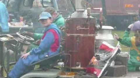 Steam Buggy at its first show.wmv