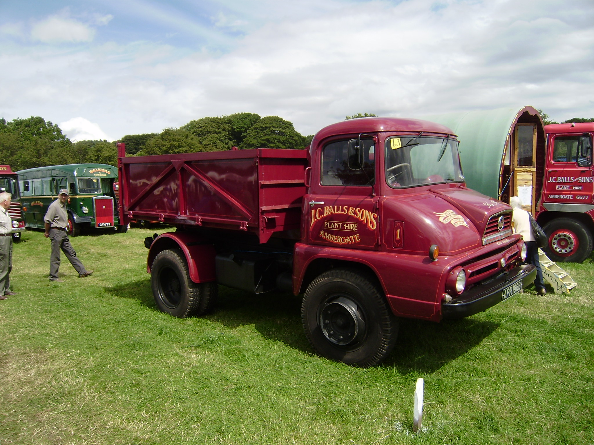 Thames Trader | Tractor & Construction Plant Wiki | FANDOM powered ...
