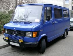 Mercedes T1 front 20080214