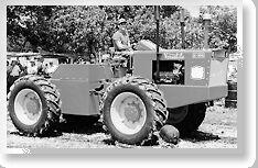 Versatile G100 b&w - 1966