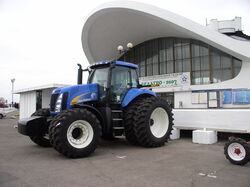Belarus-Minsk-Agriculture Expo-New Holland T8040
