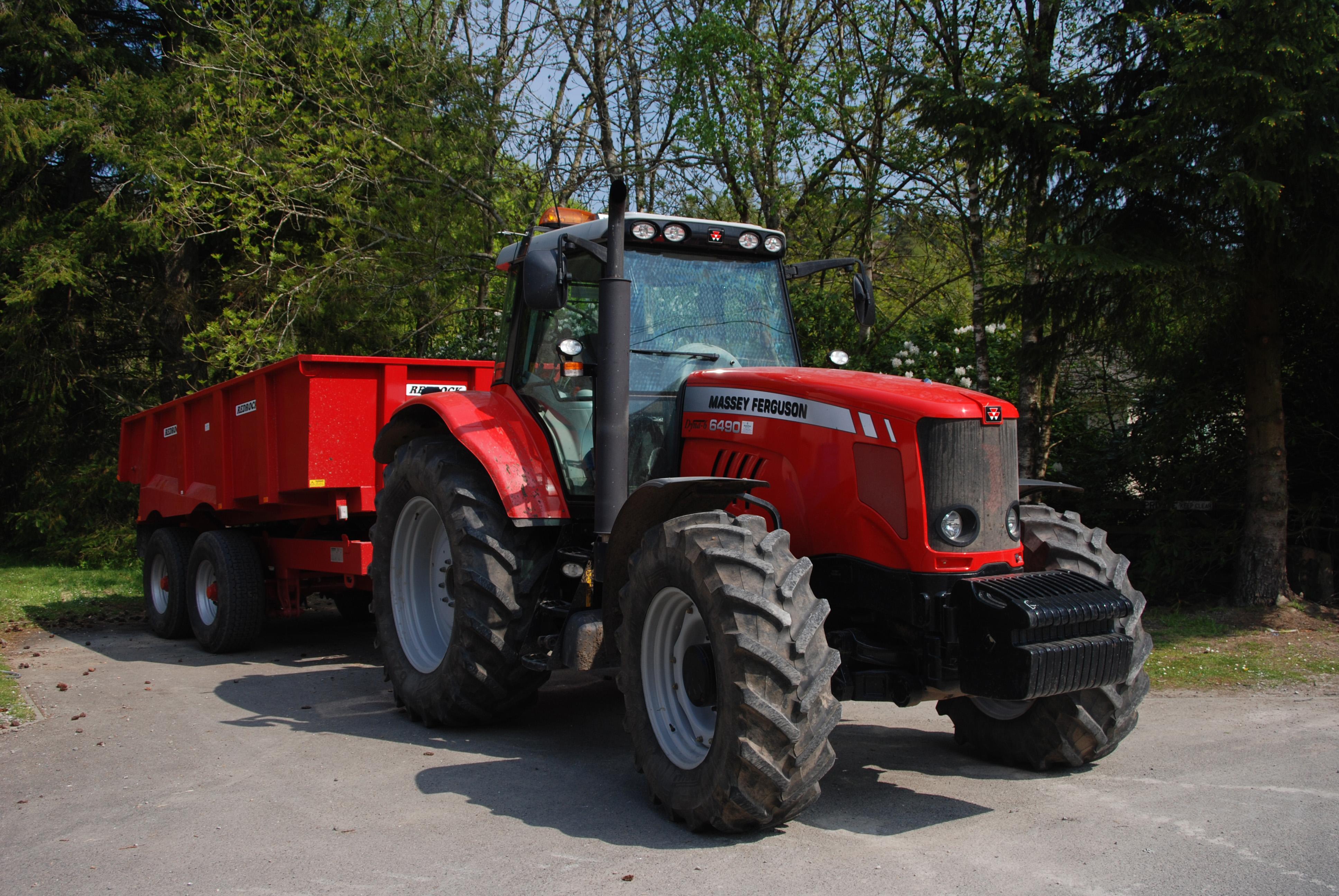 Massey Ferguson 6490 tractor, in 2008