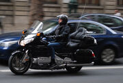 Hond GL1800 Goldwing in Paris