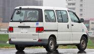 Toyota Regius Van 002