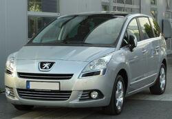 Peugeot 5008 front 20100605