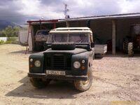 Land Rover Santana Front