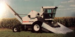 New Idea 839 Husker - 1985
