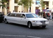 Limousine.white.london.arp.750pix