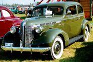 Pontiac De Luxe Series 26 2611 2-Dörrars Touring Coach 1937